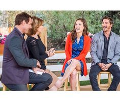 When Calls The Heart! Daniel Lissing is sooooo cute in this pic! Erin Elizabeth, Jack And Elizabeth, Jack Thornton, Daniel Lissing, Erin Krakow, Summer Romance, Hallmark Movies, Hallmark Channel, Cute Couples