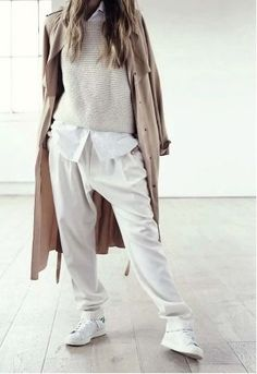 Minimal + Classic: cool slouchy layers in neutrals