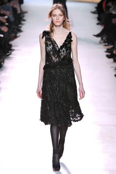 Nina Ricci Fall 2011 Ready-to-Wear - Collection - Gallery - Style.com