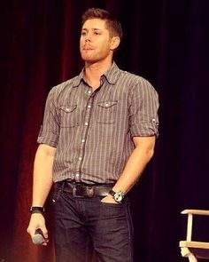 Jensen Ackles sexiness