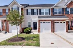 3 Bedroom - 2.5 Bath - 2,441 Square Feet Unexpected space and an open floor plan backing to wooded privacy! For more information on this Williamsburg townhome, contact Deelyn at 757.503.1999 or deelyn@lizmoore.com.