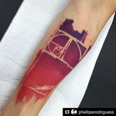 Trabalho do tatuador @phelliperodriguess - Obrigado Phellipe pela parceria, volte logo mano - #TrueLoveTattoo 11-20943383 ・・・ Muito obrigado Ronaldo ;) #fibonacci #fibonaccitattoo #watercolor #stabmegod #stttab #btattooing #tattooistartmagazine #tattooculturemagazine #tattoo #inspiration #equilattera #inkedmag #tattrx #inkstinct #tattooinkspiration #insanetattoos #tattoodo #thebesttattooartists #juxtapozmag #art #art_spotlight #truelove #ruaaugusta #SP