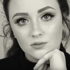 Pin for Later: How to Get Adele's Signature Beauty Look in Under 10 Minutes