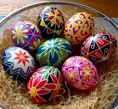 Easter eggs: Ana Anna's Slika series