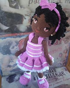 Jules 02 Second doll finished! Was more than 70 hours of work. I created all the pattern. And I have to thank for the description that helped me to execute my job. I will named her Cacau. Crochet Dolls Free Patterns, Crochet Doll Pattern, Amigurumi Patterns, Doll Patterns, Crochet Disney, Crochet Mouse, Cute Crochet, Crochet Angels, Knitted Dolls