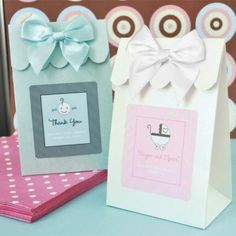Personalized Baby Shower Favor Bags - this website as so many cute baby shower favor ideas
