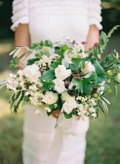 Simple Outdoor Botanical Wedding Inspiration from oncewed.com
