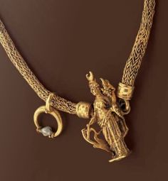Chain with pendant and a pearl , Roman 1st century A.D Viking Knit