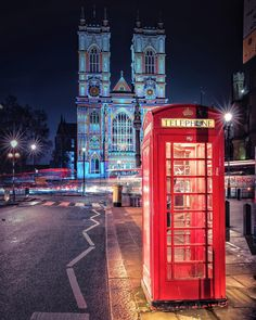 Incredible Moody Street Shots of London by Nige Levanterman #photography