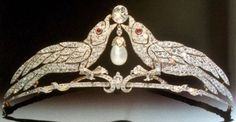 Royal Tiaras, Tiaras And Crowns, Antique Jewelry, Vintage Jewelry, Jewelry Design Drawing, Silver Tiara, Diamond Tiara, Royal Jewelry, Circlet
