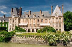 Château de Courances côté jardin.