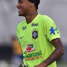 Neymar at training 10/11/15❤️