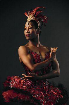 Today's featured dancer in the world of ballet is the mega-talented Lauren Anderson! On December Lauren Anderson, Houston Ballet's first African American principal dan. Lauren Anderson, Misty Copeland, Black Dancers, Ballet Dancers, Women In History, Black History, Arte Black, Black Art, Rodney Smith