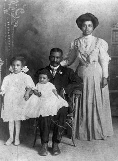 African American family, c.1900, photo by Vansickel Studio via State Archives of Florida