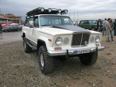 Classics Modified: AMC Jeep Cherokee Chief (28 Photos and 1 Video)