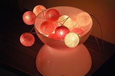 Designová světla CottonBalls nejen na vánoční stromeček Table Lamp, Design, Home Decor, Homemade Home Decor, Table Lamps, Design Comics, Decoration Home, Buffet Lamps