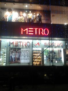 Acrylic letters with LED, Signage board for Metro Store, Kochin