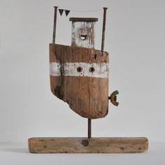 Driftwood Boat 7 £32.50