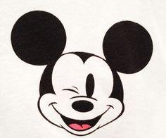 Mickey Mouse - it's a Disney World Walt Disney, Disney Nerd, Cute Disney, Disney Magic, Disney Stuff, Mickey Mouse And Friends, Mickey Minnie Mouse, Mickey Love, Mouse Tattoos