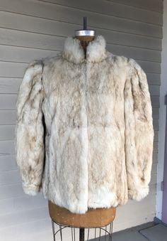 White and Brown Rabbit Fur Coat with Shoulder Pads Rabbit Hide, Sable Fur Coat, Rabbit Fur Coat, Vintage Fur, Drip Dry, Fur Coats, Fur Jacket, Shoulder Pads, 1980s