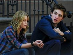 Emilie de Ravin & Robert Pattinson in Remember Me (2010)