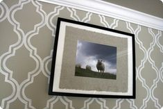 pretty nice neutral grey/beige/wheat color Rodda HFH09. Might use this in the living room. Love it!