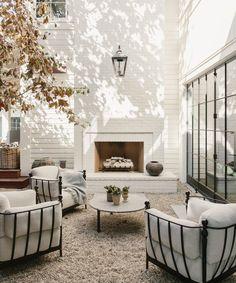 Design Exterior, Interior And Exterior, Patio Design, Garden Design, Outdoor Rooms, Outdoor Living, Outdoor Furniture, Iron Furniture, Outdoor Seating
