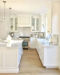 White Kitchen Ideas - White never falls short to provide a kitchen design a timeless look. These trendy cooking areas, including every little thing from white kitchen cupboards to smooth white . White Kitchen Cabinets, Kitchen Cabinet Design, Interior Design Kitchen, Wood Cabinets, Kitchen White, Glass Cabinets, Kitchen Sink, Kraftmaid Kitchen Cabinets, Country Kitchen