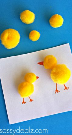 Make these adorable pom pom chicks! Make these adorable pom pom chicks! Easter Activities For Toddlers, Animal Crafts For Kids, Spring Crafts For Kids, Crafts For Kids To Make, Toddler Crafts, Preschool Crafts, Fun Crafts, Arts And Crafts, Craft Kids
