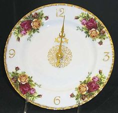 Clock-Plate in the Old Country Roses pattern by Royal Albert China