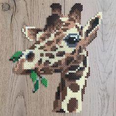Wall decoration ornaments gifts animal giraffe beads to iron Perler Bead Designs, Perler Bead Templates, Hama Beads Design, Diy Perler Beads, Perler Bead Art, Melty Bead Patterns, Pearler Bead Patterns, Bead Embroidery Patterns, Perler Patterns