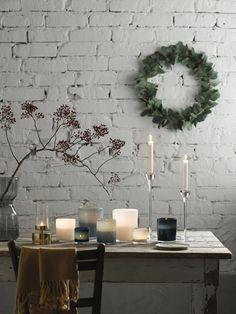 IKEA Inspiration for the festivities of the season Danish decor and design Christmas Interiors, Christmas Home, White Christmas, Christmas Crafts, Ikea Inspiration, Christmas Table Settings, Christmas Decorations, Holiday Decor, Ikea Pinterest