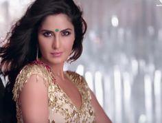 Katrina Kaif In Kala Chashma Song #22