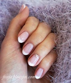 semilac delicate french 002 Delicate, French, Nails, Beauty, French Tips, Finger Nails, French People, Ongles, French Language