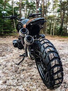 Wind Burned Eyes is a site for motorcyclists. It focuses on custom motorcycles, motorcycle gear, motorcycle industry news, and more. Cafe Racers, Bmw Cafe Racer, Bmw Scrambler, Custom Bmw, Custom Bikes, Nine T Bmw, Pro Bike, Bmw Boxer, Easy Rider