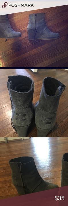 Tons Wedge Boots Grey suede wedge boots, rarely worn, almost new! Toms Shoes Ankle Boots & Booties Wedge Boots, Bootie Boots, Ankle Boots, Womens Toms, Fashion Design, Fashion Tips, Fashion Trends, Wedges, Booty