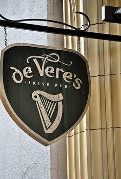 De Vere's Irish Pub - Sacramento, Ca