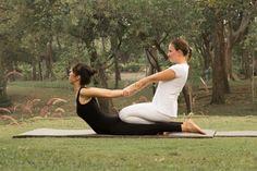 Thai Yoga Massagem por Professora Barbara Santos www.espaconibbana.com.br  #barbaranibbana #espaconibbana