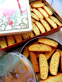 Anise Biscotti ~ Tis The Season To Be Baking! - Proud Italian Cook Italian Christmas Desserts, Italian Desserts, Christmas Baking, Biscotti Cookies, Biscotti Recipe, Cake Cookies, Cupcakes, Italian Cookie Recipes, Italian Cookies