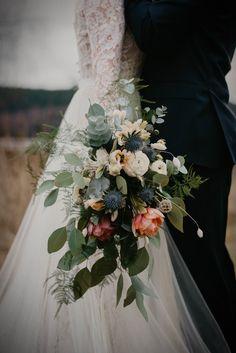 wedding photos - wedding bouquet Wedding Bouquets, Wedding Photos, Table Decorations, Bridal, Inspiration, Boyfriends, Marriage Pictures, Biblical Inspiration, Wedding Brooch Bouquets