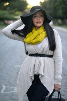 Fashionista: White and Black Street Style#Plus Style