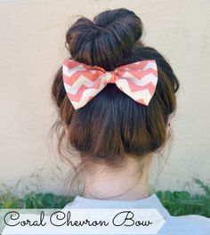 Coral Chevron Hair Bow from on Etsy. Saved to for the hair. Headband Hairstyles, Pretty Hairstyles, Wedding Hairstyles, Coral Chevron, Hair Looks, Hair And Nails, Your Hair, Hair Makeup, Hair Beauty
