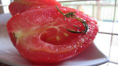 Effortnesslessly: Whole Tomatoes Fermented in a Brine
