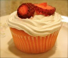 Envy My Cooking: Strawberry Cupcakes