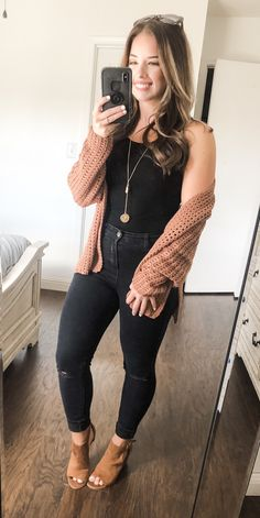 Core Collection - An online women's clothing boutique - Eva Heinz - Outfits Cute Fall Outfits, Fall Winter Outfits, Autumn Winter Fashion, Trendy Outfits, Fashion Outfits, Womens Fashion, Fashion Trends, Girl Outfits, Brown Outfit