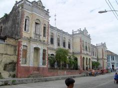 Colonial building - Iquitos