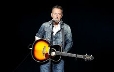 Open your wallet - Bruce Springsteen is going to tour with the E Street Band in 2020 according to NME. Bruce Springsteen, Jimmy Webb, Italian News, Glen Campbell, Tunnel Of Love, E Street Band, Martin Scorsese, Him Band, Pop Music