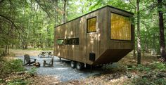 Harvard Innovation Lab startup Getaway builds collections of tiny houses on wooded plots of land just outside the city where you can go to recharge in nature. Their rentable tiny houses can be… Sou…