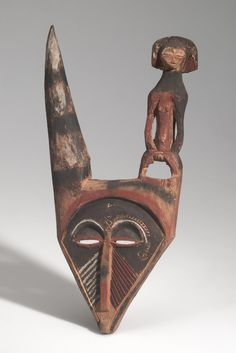 MASK, FIGURE, HUMAN AFRICAN ETHNOGRAPHIC COLLECTION Catalog No: 90.0/ 8629 Field No: 1920 Culture: PENDE (BAMPENDE) Locale: GOLONGO Country: CONGO (BELGIAN CONGO) Material: WOOD, PIGMENT, COATING Dimensions: L:34.5 W:17 [in CM] Acquisition Year: 1910 [PURCHASE] Donor: STARR, FREDERICK