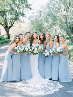 Hayley Paige bridesmaids dresses in a gorgeous shade of blue - Elegant & romanti. Hayley Paige bridesmaids dresses in a gorgeous shade of blue - Elegant & romantic outdoor wedding in San Diego via M Perfect Wedding, Dream Wedding, Wedding Pics, Wedding Ideas, Wedding App, Daisy Wedding, Wedding Church, Wedding Gallery, Floral Wedding
